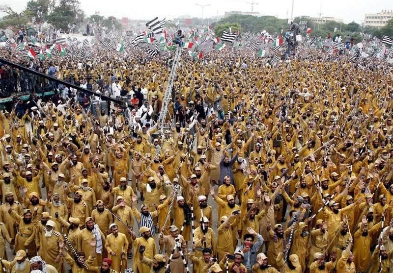 گزارش، چه کسانی از اعتراضات سیاسی پاکستان سود می برند؟