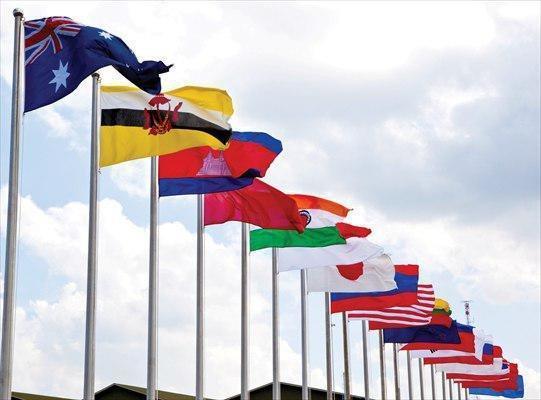 تعهد وزیران دفاع آسه آن به همکاری در مبارزه با تروریسم