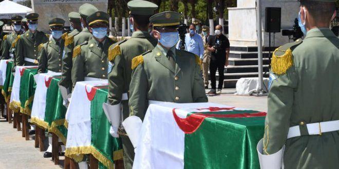 خبرنگاران بقایای اجساد انقلابیون الجزایر پس از 150 سال به خاک سپرده شد