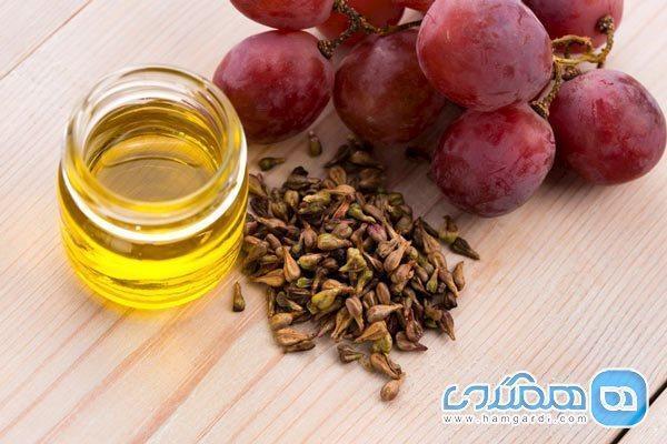 جویدن هسته انگور مفید است یا مضر؟
