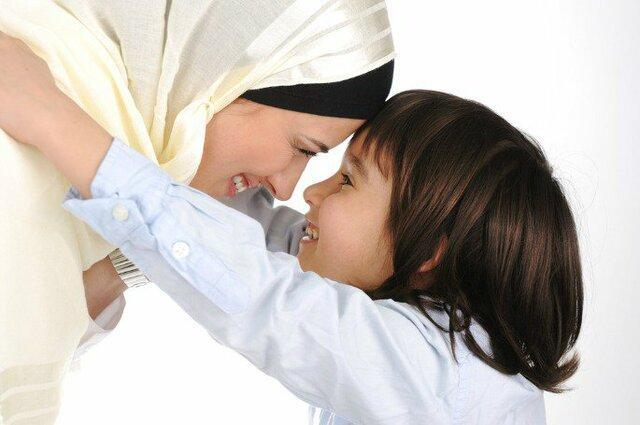 آموزش مهارت فرزندپروری به والدین همدانی