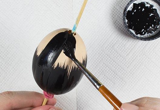 آموزش رنگ کردن تخم مرغ برای سفره هفت سین