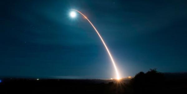 افزایش نگرانی ها از برنامه آمریکا برای ساخت موشک بالستیک اتمی جدید خبرنگاران